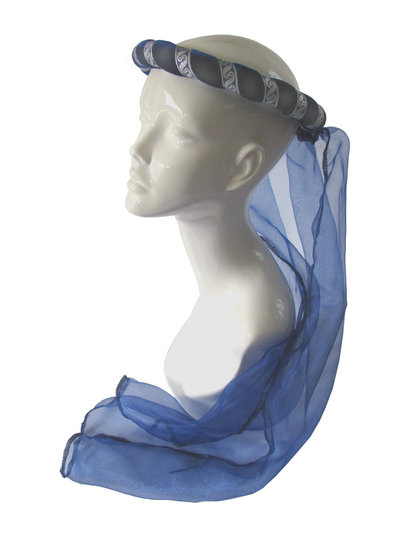 Ladies Medieval Renaissance Costume And Headdress Image