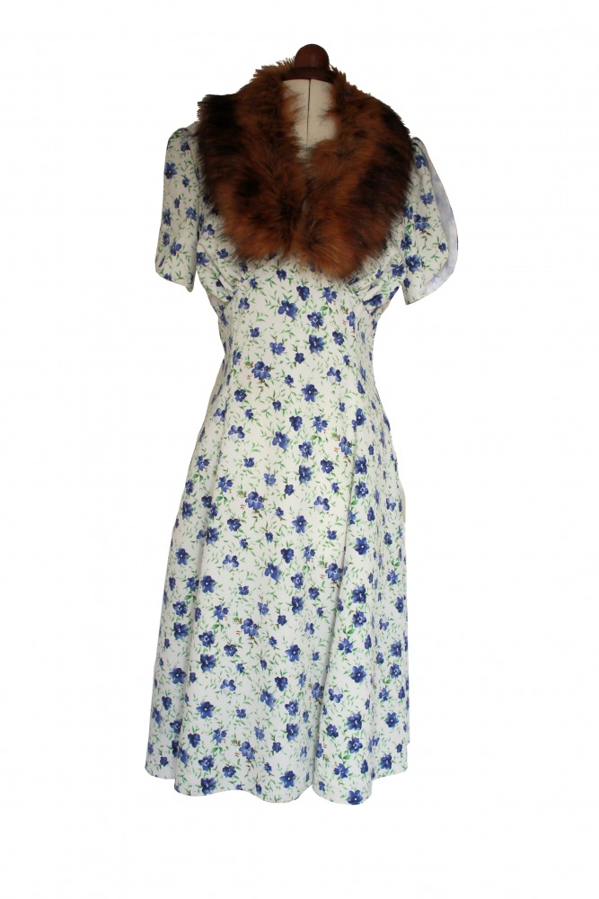 Ladies 1940's Wartime Goodwood Costume Size 10 - 12 Image
