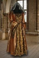 Ladies Medieval Renaissance Costume And Headdress